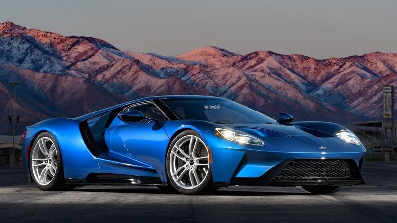 Ford увеличит тираж суперкара GT: спрос слишком высок