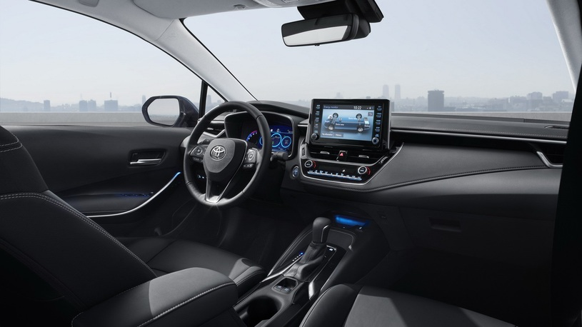 Toyota показала новую Corolla- журнал За рулем