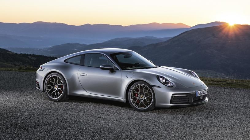 Porsche привезет в Россию четыре новинки