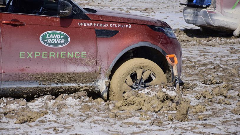 415 - Близкий космос: на новом Land Rover Discovery – по плато Устюрт