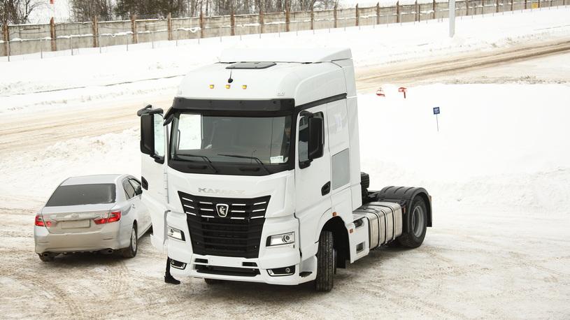 На автомобильном заводе собрали первый КАМАЗ-54901 с кабиной К5