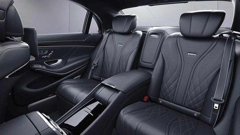 AMG представил последний S-Class с мотором V12