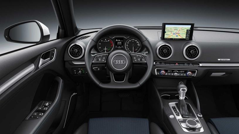 """Audi обновила """"газовый"""" хэтчбек A3"""
