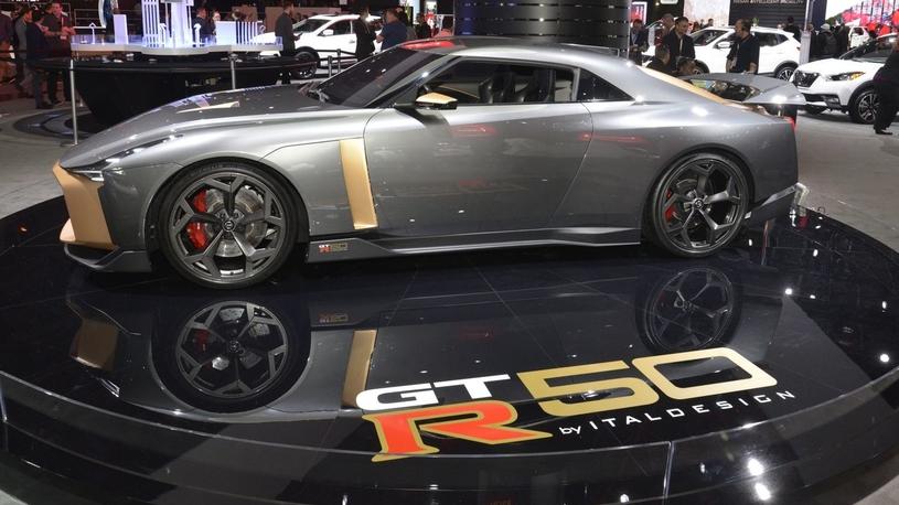 Nissan GT-R за миллион евро оказался никому не нужен