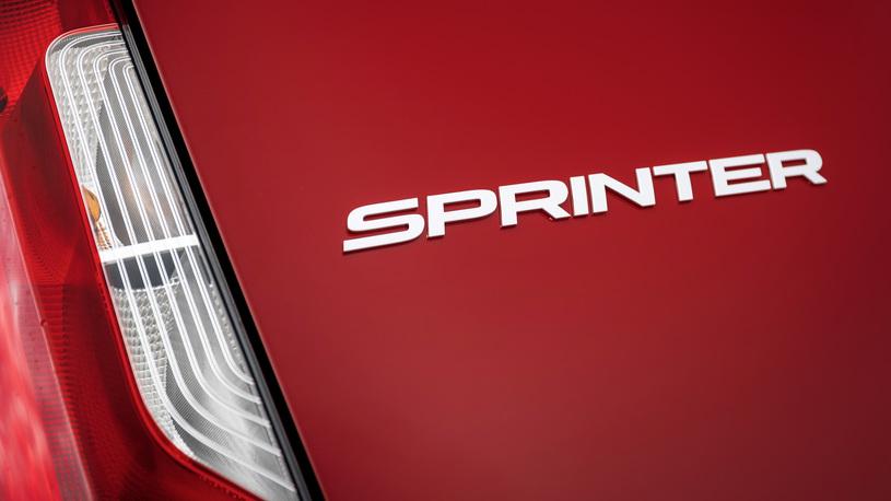 В России появилась новая версия Mercedes-Benz Sprinter