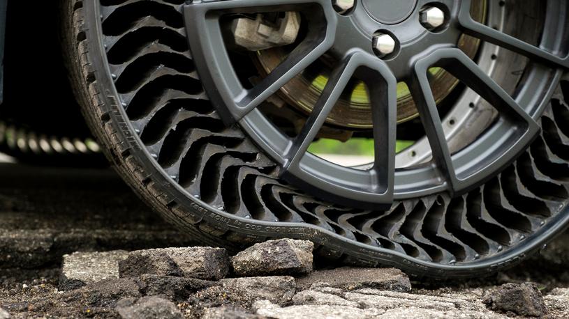 GM совместно с Michelin обует свои машины в безвоздушные шины