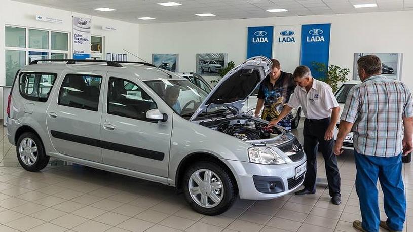 АвтоВАЗ приостановил продажи Lada Largus