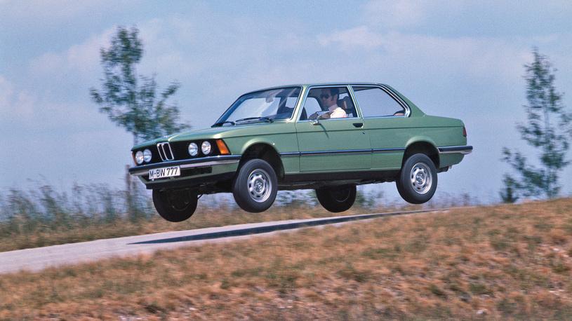Стартовые колеса: первые автомобили знаменитостей