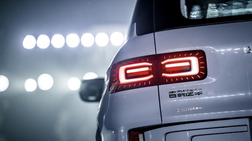 Geely представила новый кроссовер Icon на базе Volvo