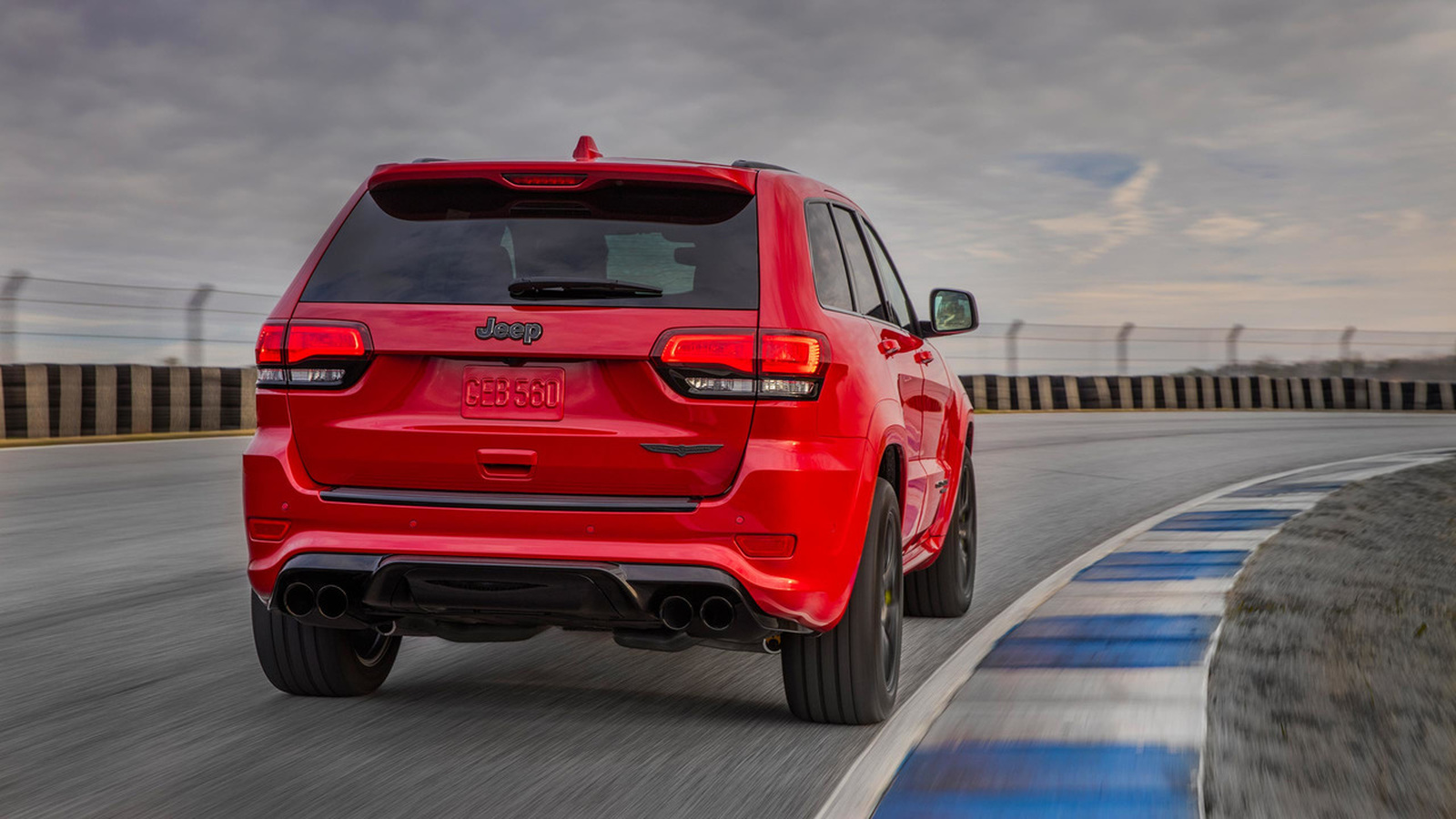 Названы российские цены на самый быстрый и мощный Jeep в истории