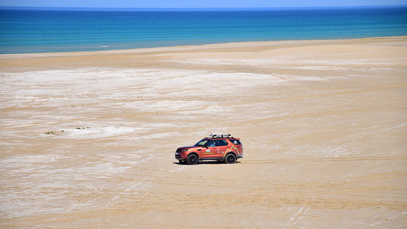 996 - Близкий космос: на новом Land Rover Discovery – по плато Устюрт