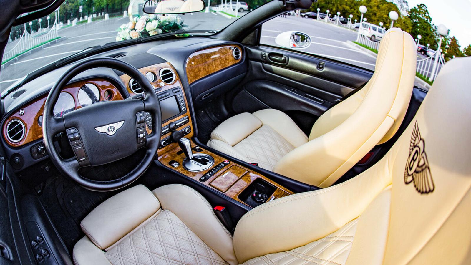 """В России выставили на продажу """"фейковый"""" Bentley"""