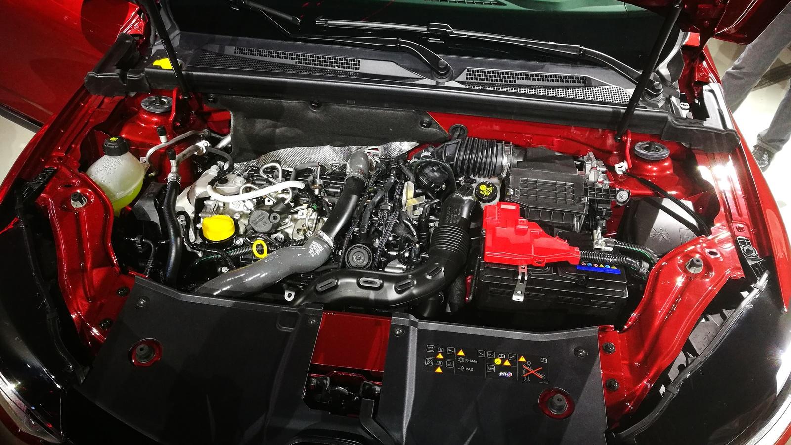 Сияние и скромность: тест-драйв Renault Arkana (с видео)