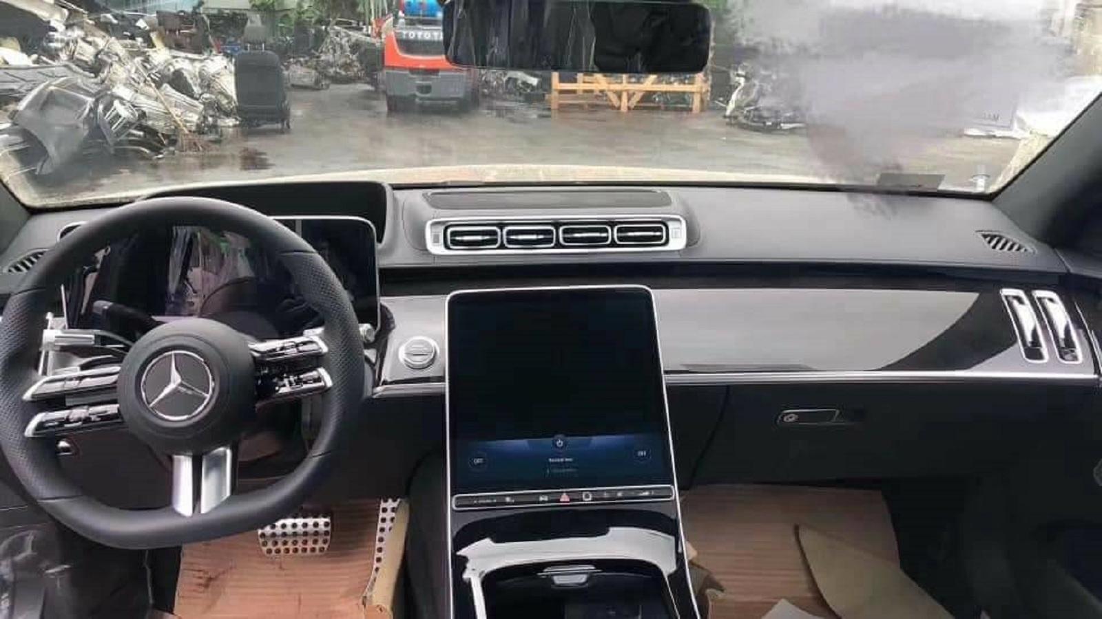 "Mercedes-Benz показал ""лицо"" нового S-класса"
