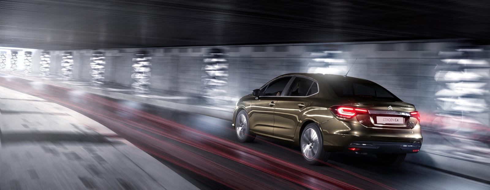 Citroen рассказал, когда в России начнут продавать новый седан С4
