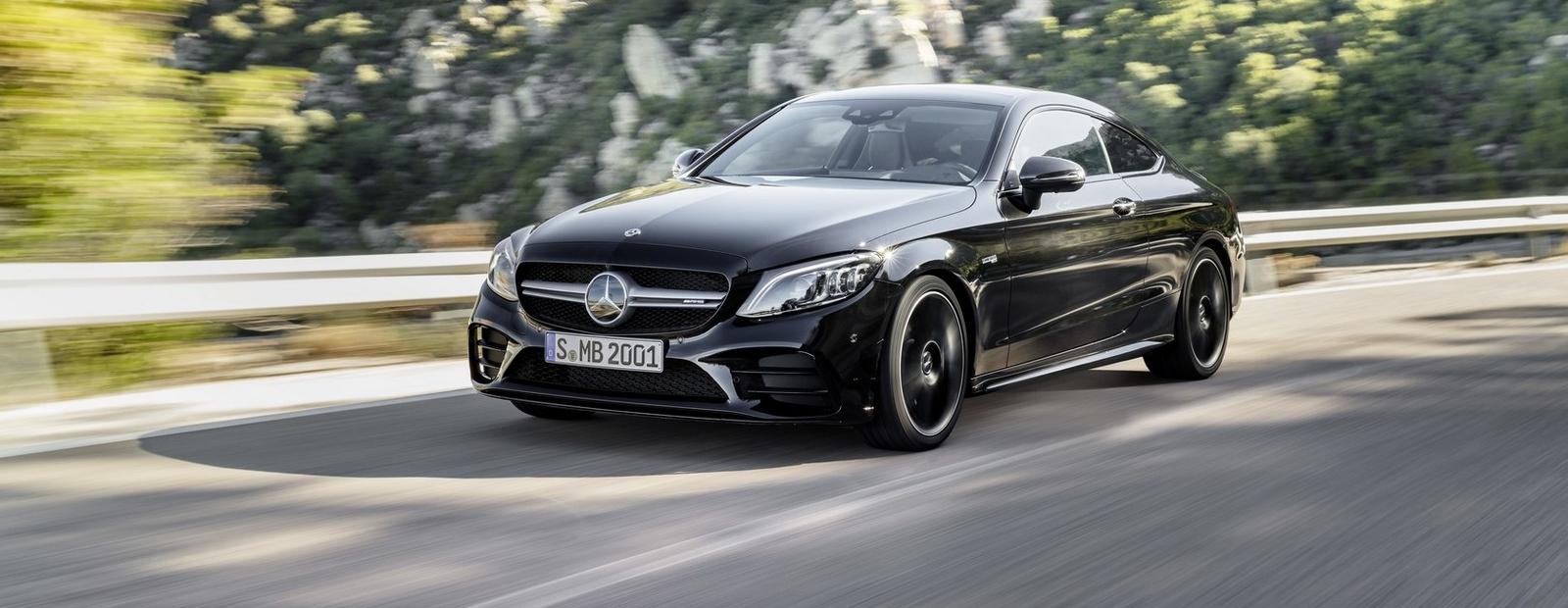 Mercedes обновил и «прокачал» купе и кабриолеты C-Class