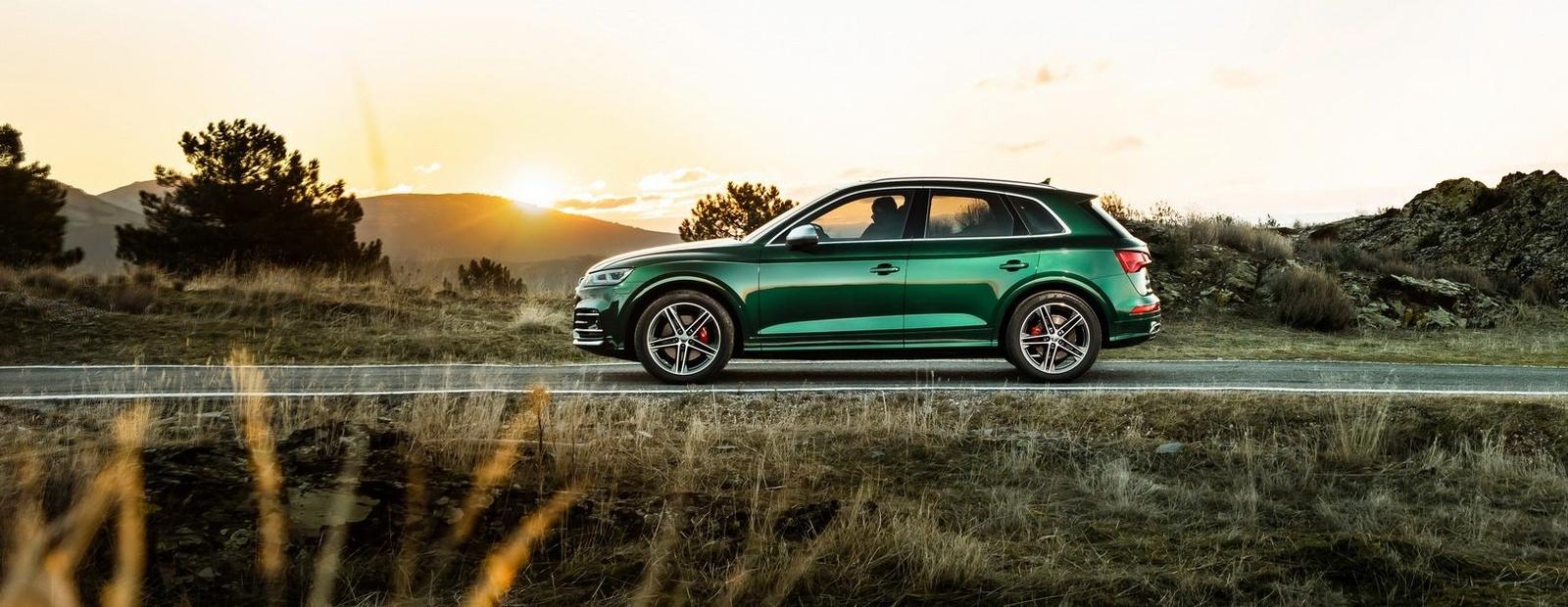 """Новый дизельный """"горячий"""" Audi SQ5 оказался быстрее бензинового"""