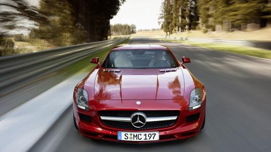 Цена на новый суперкар от Mercedes-Benz оказалась ниже, чем ожидалось