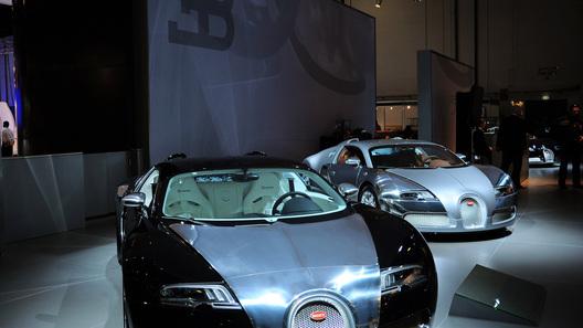 Bugatti показала на автосалоне в Дубае три специальные версии Veyron