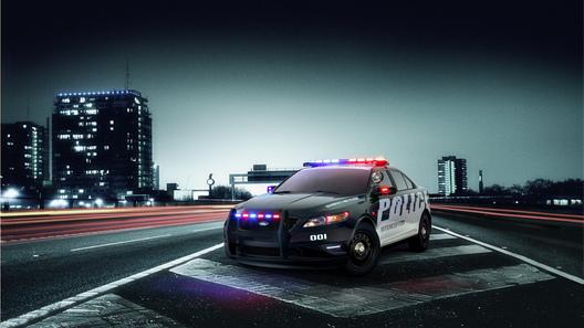В США состоялась презентация патрульного седана Ford Taurus Police Interceptor
