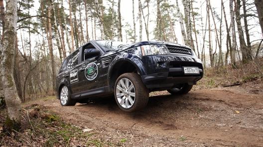 Проверяем на прочность внедорожники Land Rover