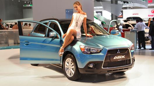 Mitsubishi привезла в Москву гибридный концепт Px-MiEV и первый в мире серийный электромобиль i-MiEV