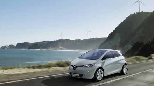 В Renault выиграли суд по поводу женского имени