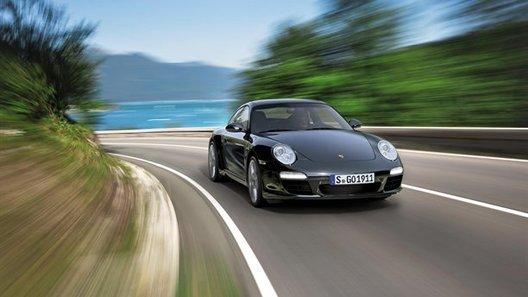 Porsche 911 получит специальное черное исполнение