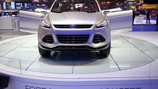 В Женеве показан новый компактный кроссовер Ford
