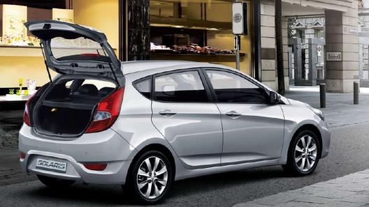 Hyundai запускает в Питере производство Solaris в кузове хэтчбек