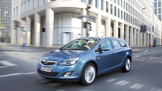 Opel назвал российские цены на универсал Astra Sports Tourer