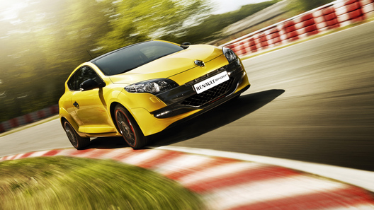 Renault привезет в Россию спортивный Megane