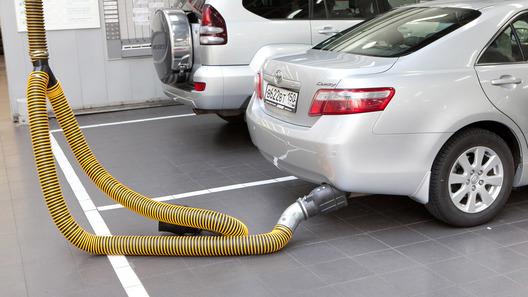 Названы регионыРФ ссамыми «чистыми» исамыми «грязными» выхлопами авто
