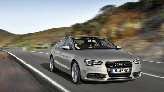 Названы российские цены на обновленную Audi A5