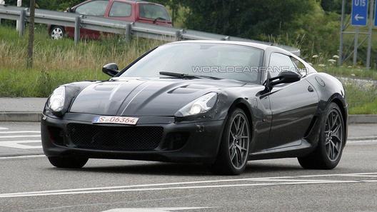 Гибридный суперкар Ferrari замечен на испытаниях