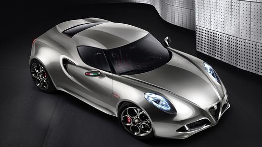 Alfa Romeo привезет во Франкфурт новое старое купе 4С