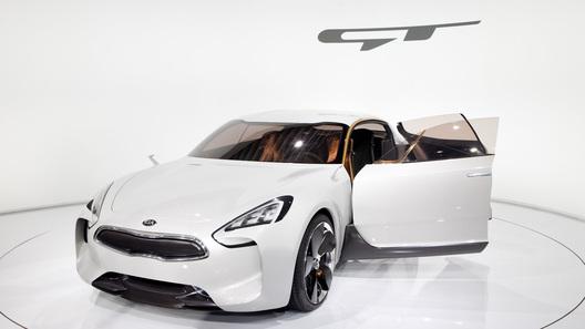 Четырехдверное купе появится у Kia к 2016 году