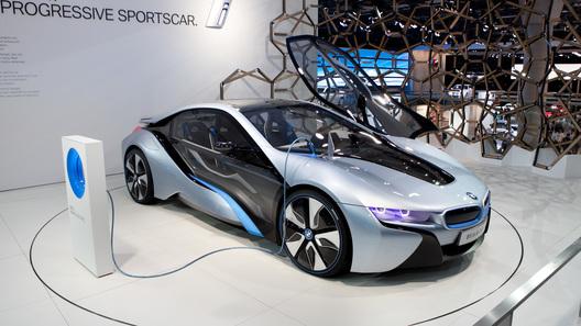 Гибридный спорткар BMW i8 обойдется дороже 100 тысяч евро