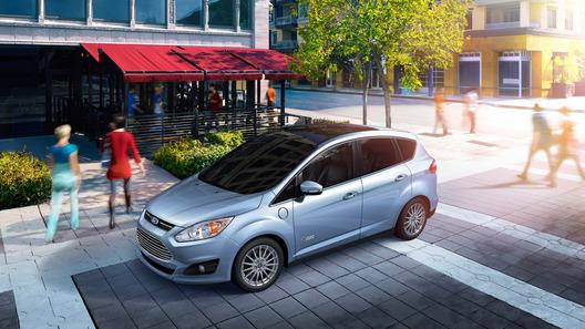 Ford представил свой первый заряжаемый от розетки гибрид