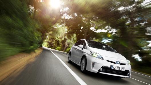 Toyota Prius подвергся рестайлингу