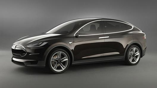 Электрокроссовер Tesla Model X поспорит с суперкарами