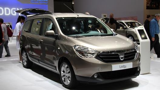 Бюджетный минивэн Dacia Lodgy может приехать в Россию