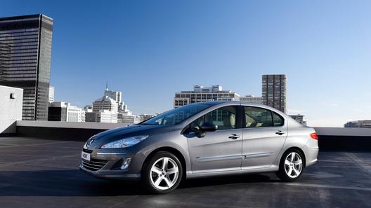 Дизельный Peugeot 408 будет стоить в России от 637 000 рублей