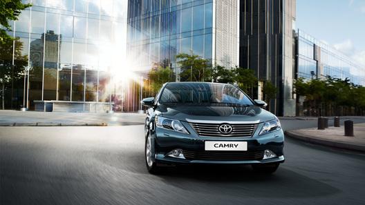 Toyota выводит на российский рынок Camry за 959 000 рублей