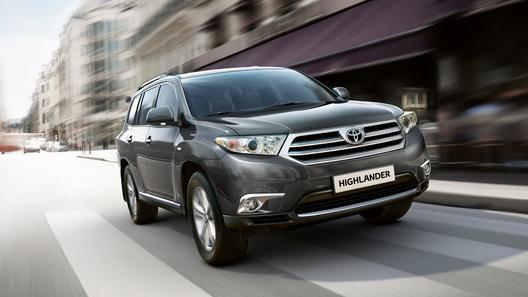 Toyota начинает продажи самого дешевого Highlander