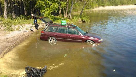 Автомобиль, пролежавший 3 месяца под водой, завелся с первой попытки