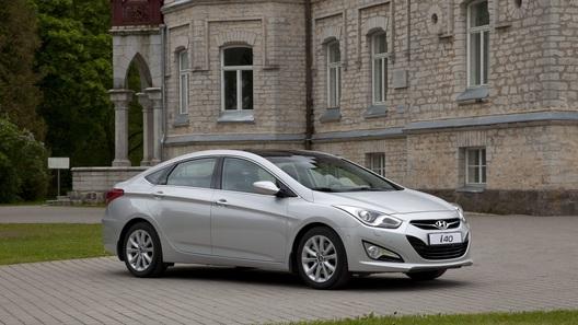 Hyundai удешевил седан i40 на 130 000 рублей