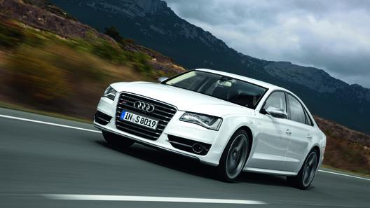 Audi S8 будет стоить в России от 5 338 800 рублей