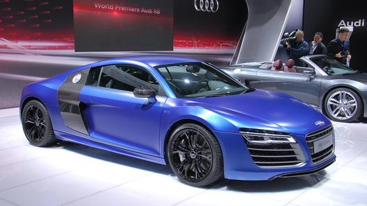 Новую Audi R8 показали на стенде ММАС
