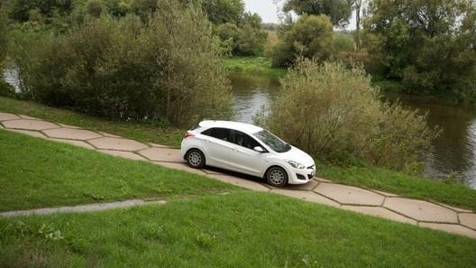 Делимся беглым взглядом на хэтчбек Hyundai i30